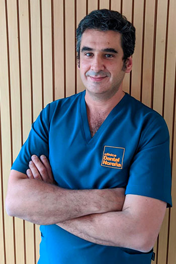Dr. Alfredo Ruíz - Clínica Dental Noreña
